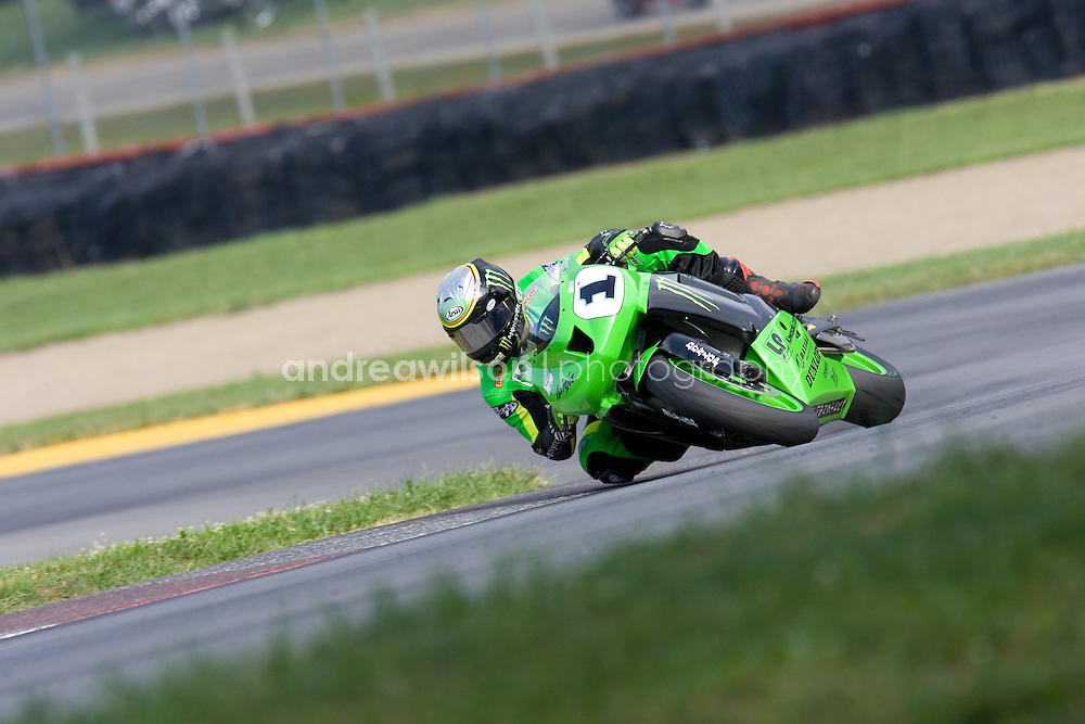 Round 8 - AMA Superbike Series - Mid Ohio - Lexington, OH - August 1-3, 2008..:: Contact me for download access if you do not have a subscription with andrea wilson photography. ::  ..:: For anything other than editorial usage, releases are the responsibility of the end user and documentation will be required prior to file delivery ::.