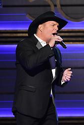Trisha Yearwood, Garth Brooks bei den 50. Country Music Awards in Nashville / 021116<br /> <br /> *** Country Music Awards 2016, Nashville, USA, November 2, 2016 ***