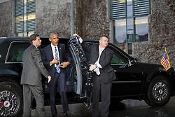 November 17, 2016 - Berlin, Germany - Bundeskanzlerin Angela_Merkel empfaengt den US-Praesidenten Barack Obama am 17.11.2016 im Bundeskanzleramt. Mit einem Kuss auf die Wange haben sich der scheidende US-Praesident Barack Obama und Bundeskanzlerin Angela_Merkel begruesst. | German Chancellor Angela_Merkel welcomes the US President Barack Obama on 17/11/2016 at the Federal Chancellery. With a kiss on the cheek, the outgoing US President Barack Obama and Chancellor Angela_Merkel have welcomed..Credit: Stocki/face to face (Credit Image: © face to face via ZUMA Press)
