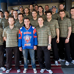20100415: SLO, Slovenian Ice hockey players with boxer Dejan Zavec-Jan Zaveck