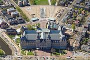Nederland, Noord-Holland, Amsterdam, 09-04-2014; Detailopname van het net gerenoveerde Rijksmuseum aan de Stadshouderskade en het Museumplein, links naast het museum het eveneens gerenoveerde zwembad Zuiderbad.  In het linker frontperk een beeld van Henry Moore.<br /> Detailed view of the newly renovated worldfamous Rijksmuseum on the Stadshouderskade and the Museumplein, next to the museum the historic swimming pool Zuiderbad. <br /> copyright foto/photo Siebe Swartluchtfoto (toeslag op standard tarieven);<br /> aerial photo (additional fee required);<br /> copyright foto/photo Siebe Swart