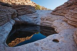 Ernst Tinaja, Big Bend National Park, Texas, USA.