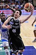 DESCRIZIONE : Campionato 2014/15 Dinamo Banco di Sardegna Sassari - Dolomiti Energia Aquila Trento Playoff Quarti di Finale Gara4<br /> GIOCATORE : Marco Spanghero<br /> CATEGORIA : Tiro Penetrazione Sottomano<br /> SQUADRA : Dolomiti Energia Aquila Trento<br /> EVENTO : LegaBasket Serie A Beko 2014/2015 Playoff Quarti di Finale Gara4<br /> GARA : Dinamo Banco di Sardegna Sassari - Dolomiti Energia Aquila Trento Gara4<br /> DATA : 24/05/2015<br /> SPORT : Pallacanestro <br /> AUTORE : Agenzia Ciamillo-Castoria/L.Canu