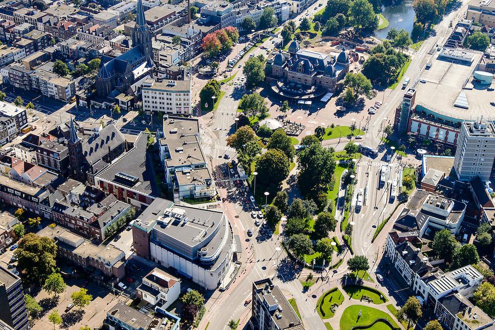Nederland, Gelderland, Arnhem, 30-09-2015; zicht op de binnenstad van Arnhem. Zicht op Velperplein en Musispark.<br /> <br /> View of the city of Arnhem.<br /> luchtfoto (toeslag op standard tarieven);<br /> aerial photo (additional fee required);<br /> copyright foto/photo Siebe Swart