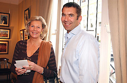 COUNTESS DOUGLAS and BILL AMBERG at a an exhibition of prints by art dealer Martin Summers held at 73 Glebe Place, London on 29th June 2004.