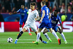 Joaquin Correa of Sevilla is challenged by Jamie Vardy of Leicester City - Rogan Thomson/JMP - 22/02/2017 - FOOTBALL - Estadio Ramon Sanchez Pizjuan - Seville, Spain - Sevilla FC v Leicester City - UEFA Champions League Round of 16, 1st Leg.