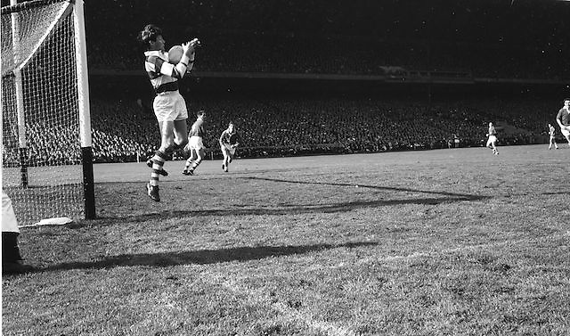 Goalie catches ball mid air during the All Ireland Senior Gaelic Football Final Cork v. Meath in Croke Park on the 24th September 1967.