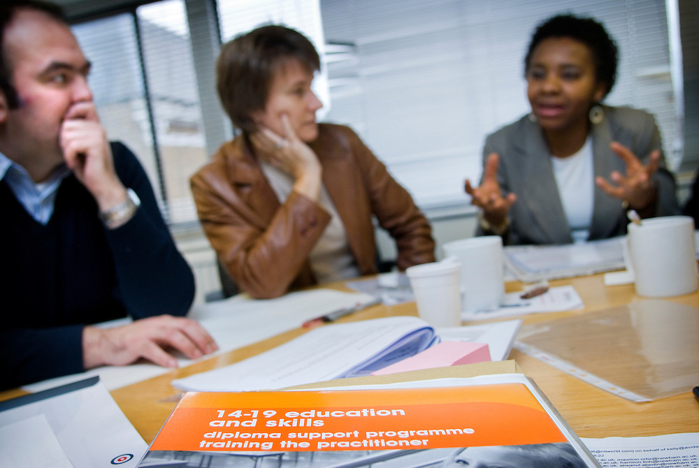 UK. London. the SSAT diploma training programme at Testhouse..Photo©Steve Forrest/Workers Photos