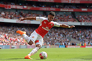 Alex Oxlade-Chamberlain of Arsenal in action. Barclays Premier League, Arsenal v West Ham Utd at the Emirates Stadium in London on Sunday 9th August 2015.<br /> pic by John Patrick Fletcher, Andrew Orchard sports photography.