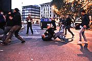 Manifestanti in stato di fermo ne pressi di Porta Pia<br /> 19 ottobre  2013 . Daniele Stefanini /  Oneshot