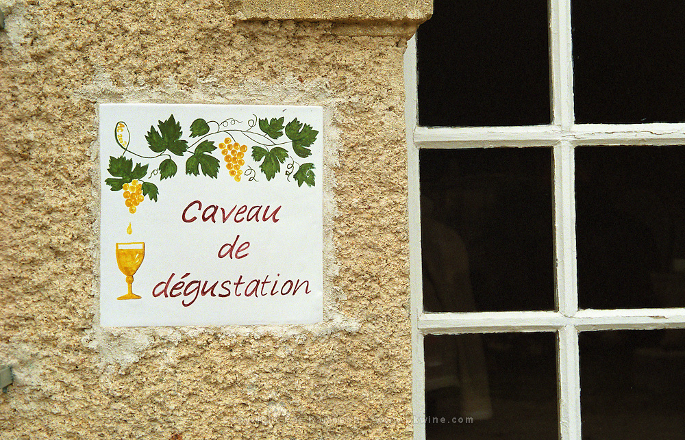 A sign outside the tasting room saying caveau de degustation.  Chateau Mourgues du Gres Grès, Costieres de Nimes, Bouches du Rhone, Provence, France, Europe