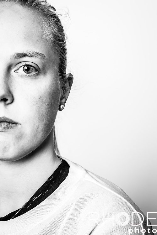 Saturday 2020-12-19 : Julie Allemand - Belgian Pro Basketball Player captured during a mid-season individual training with Corodo coach Dominic Rossi.<br /> <br /> Pre Training Portrait<br /> <br /> ©RhodeVanElsen