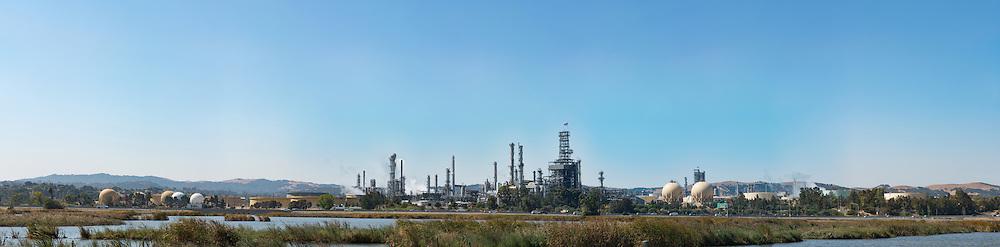 Refinery. (42714 x 10535 pixels)