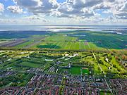 Nederland, Noord-Holland, Purmerend, 07-05-2021; Golfterrrein en woonwijk in Polder de Purmer, gelijknamige wijk. BurgGolf Golfresort de Purmer<br /> <br /> luchtfoto (toeslag op standaard tarieven);<br /> aerial photo (additional fee required)<br /> copyright © 2021 foto/photo Siebe Swart.
