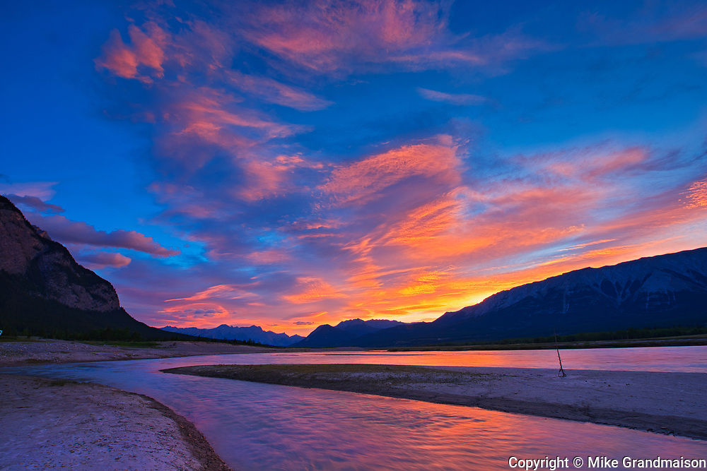 Clouds reflected in Abraham Lake at sunrise. The Canadian Rocky Mountains.<br />David Thompson Highway<br />Alberta<br />Canada<br />David Thompson Highway<br />Alberta<br />Canada