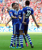 Fotball<br /> Tyskland<br /> 21.08.2011<br /> Foto: Witters/Digitalsport<br /> NORWAY ONLY<br /> <br /> 2:3 Jubel v.l. Kyriakos Papadopoulos, Julian Draxler, Torschuetze Joel Matip (Schalke)<br /> Bundesliga, FSV Mainz 05 - FC Schalke 04 2:4