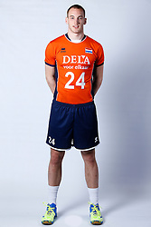 20150506 NED: Selectie Nederlands volleybal team mannen, Arnhem<br />Op Papendal werd het Nederlands team volleybal seizoen 2015-2016 gepresenteerd / Dennis Borst<br />©2015-FotoHoogendoorn.nl / Pim Waslander