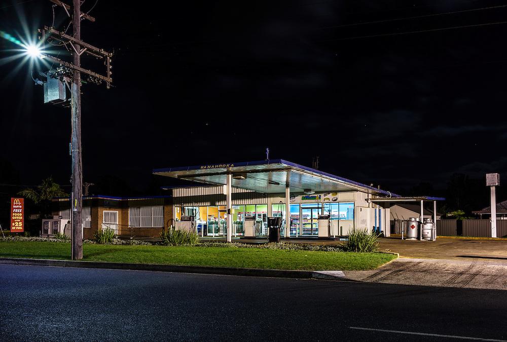 Service Station, Kanahooka. A small business study