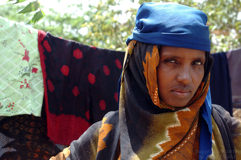 A Somali woman at Ifo Refugee Camp in Dadaab, Kenya, September 12, 2006. ..Photograph by Erin Lubin