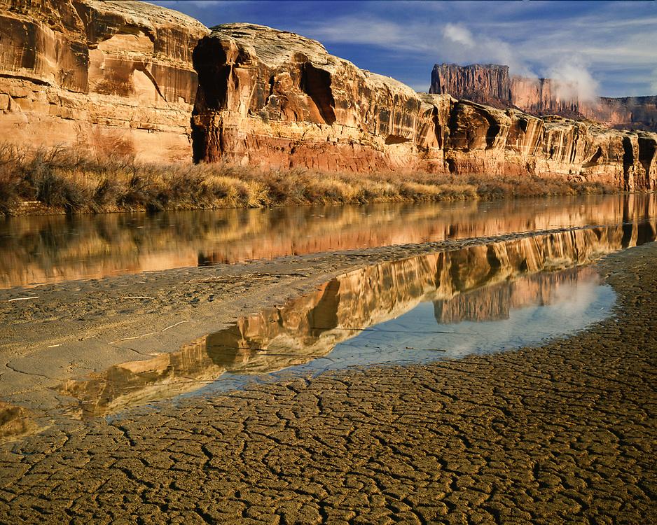 Green River, morning light, Canyonlands National Park, Utah, USA