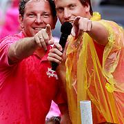 NLD/Amsterdam/20110806 - Canalpride Gaypride 2011, Robert Leroy en Nick Nielsen