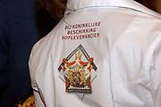 Presentatie DVD Europe is Us aan de Koningin op het Marnix College in Ede. De DVD gaat over Europa en is gemaakt door leerlingen van het Marnix College.<br /> <br /> <br /> <br /> Presentation Europe is Us DVD to Queen Beatrix on the Marnix College School in Ede. THe DVD is made by students of the Marnix College and has as subject Europe.<br /> <br /> <br /> <br /> Op de foto/ On the photo: