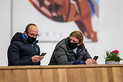 Riesenbeck, Pferdesportzentrum, RIESENBECK - Int. Deutsche Meisterschaften Springen 2020,<br /> <br /> MEYER Tobias (GER), WERNKE Jan (GER)<br /> Impression am Rande<br /> CSI2*<br /> Int. Springprüfung (Fehler/Zeit) - 1.45 m<br /> <br /> 04. December 2020<br /> © www.sportfotos-lafrentz.de/Stefan Lafrentz