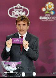 ZBIGNIEW BONIEK (POLAND) SHOWS THE TICKET OF GERMANY DURING THE EUFA EURO 2012 QUALIFYING DRAW IN PALACE SCIENCE AND CULTURE IN WARSAW, POLAND..THE 2012 EUROPEAN SOCCER CHAMPIONSHIP WILL BE HOSTED BY POLAND AND UKRAINE...WARSAW, POLAND , FEBRUARY 07, 2010..( PHOTO BY ADAM NURKIEWICZ / MEDIASPORT / SPORTIDA.COM ).