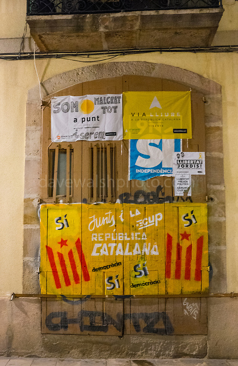 Pro Independence Graffiti and posters Barcelona