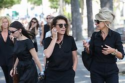 Beerdigung von Sonia Rykiel auf dem Friedhof Montparnasse in Paris / 010916 *** French fashion journalist Mademoiselle Agnes during the funeral of the late French fashion designer Sonia Rykiel, at the Montparnasse cemetery in Paris, France, September 1 2016.