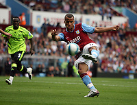 Photo: Rich Eaton.<br /> <br /> Aston Villa v Chelsea. The FA Barclays Premiership. 02/09/2007. Aston Villa's Gabriel Agbonlahor shoots.