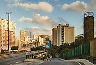 On weekends, the Minhocão causeway is closed off to traffic and becomes an urban park. São Paulo, Brazil. ©CiroCoelho.com. All Rights Reserved.