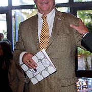 NLD/Hilversum/20111101- Presentatie kookboek De Smaak van BN, Fons van Westerloo