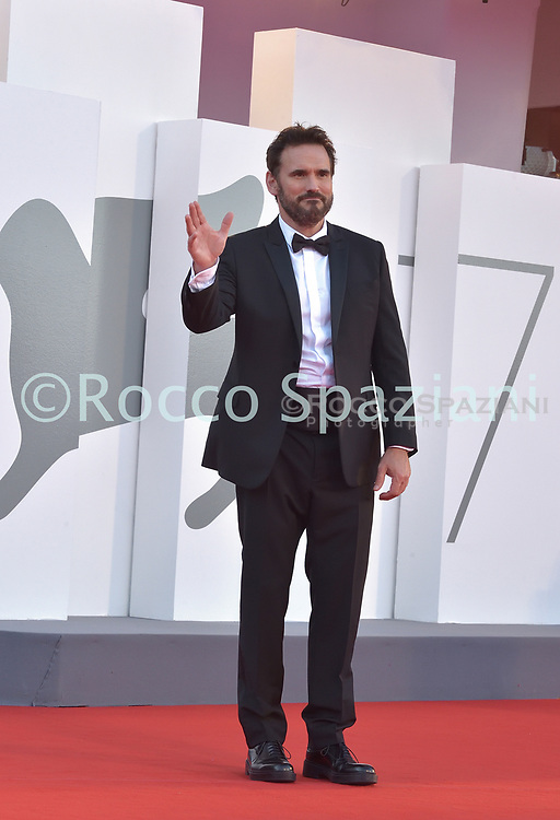 VENICE, ITALY - SEPTEMBER 12: Matt Dillon, Roberta Mastromichele walk the red carpet ahead of closing ceremony at the 77th Venice Film Festival on September 12, 2020 in Venice, Italy.<br /> (Photo by Rocco Spaziani)