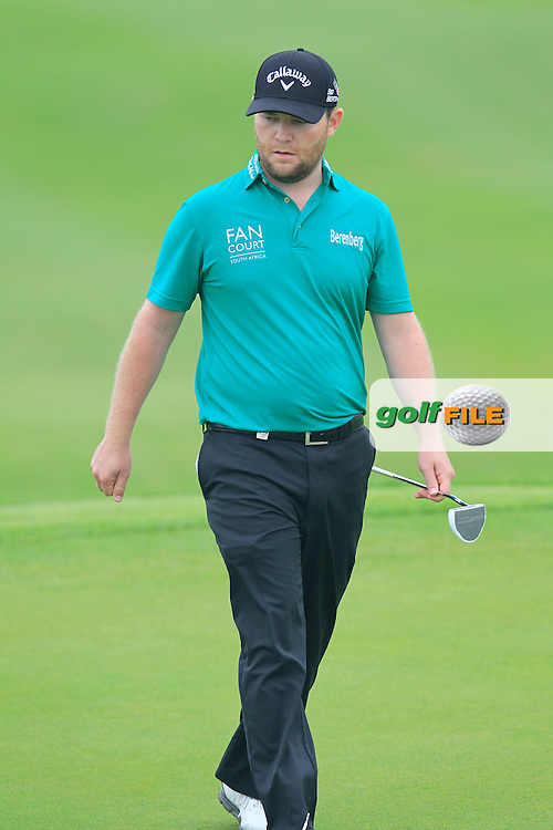 Branden Grace (RSA) on the 1st green during Saturay's Round 3 of the 2014 BMW Masters held at Lake Malaren, Shanghai, China. 1st November 2014.<br /> Picture: Eoin Clarke www.golffile.ie