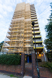 MAIL-ON_SUNDAY Westland House on the North Woolwich estate in East London where Reggie Nelson grew Up. North Woolwich, London, October 05 2018.
