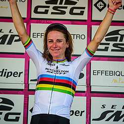 VAN VLEUTEN Annemiek ( NED ) – MITCHELTON SCOTT ( MTS ) - AUS – Third Place - Classement General - Award Ceremony – Medal Ceremony – Podium - Hochformat – hoch – vertikal – Portrait - Event/Veranstaltung: Giro Rosa Iccrea - 4. Stage - Category/Kategorie: Cycling - Road Cycling - Cycling Tour - Elite Women - Location/Ort: Europe – Italy - Start: Assisi - Finish: Tivoli - Discipline: Cycling - Road Cycling - Cycling Tour - Road Race ( RR ) - Distance: 170,3 km - Date/Datum: 14.09.2020 – Monday - Photographer: © Arne Mill - frontalvision.com