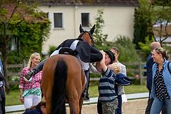 Werth Isabell (GER), Emilio 107<br /> Balve - Longines Optimum 2019<br /> Impressionen Abreiteplatz<br /> LONGINES Grosser Optimum Preis<br /> Deutsche Meisterschaft Dressur<br /> Grand Prix Kür<br /> 16. Juni 2019<br /> © www.sportfotos-lafrentz.de/Stefan Lafrentz