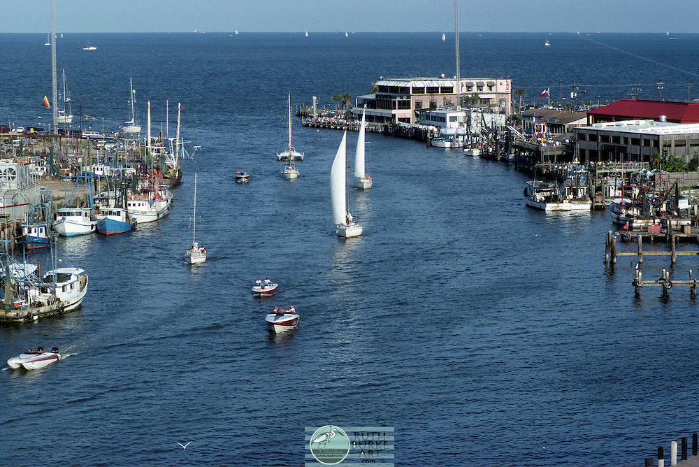 1992 Boats in Channel Coming from Galveston Bay with Kemah Landmarks