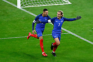 Antoine Griezmann (FRA) scored the first goal against Wayne Hennessey (WAL) and celebrated it with Layvin Kurzawa (FRA) during the 2017 Friendly Game football match between France and Wales on November 10, 2017 at Stade de France in Saint-Denis, France - Photo Stephane Allaman / ProSportsImages / DPPI
