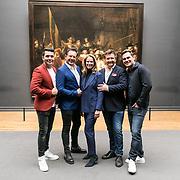 NLD/Amsterdam/20190507 - Toppers in het Rijksmuseum, Jan Smit,Gerard Joling, Directielid Rijksmuseum Hendrikje Crebolder, Rene Froger en Jeroen van der Boom