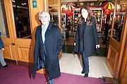 BERNIE ECCLESTONE; FABIANA FLOS, CIRQUE DU SOLEIL LONDON PREMIERE OF VAREKAI. Royal albert Hall. 5 January 2009