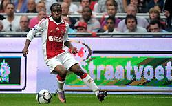 25-04-2010 VOETBAL: AJAX - FEYENOORD: AMSTERDAM<br /> De eerste wedstrijd in de bekerfinale is gewonnen door Ajax met 2-0 / Vurnon Anita<br /> ©2009-WWW.FOTOHOOGENDOORN.NL
