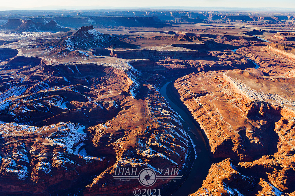 The Green River flowing through sandstone formations in Canyonlands National Park