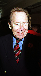 The EARL OF SNOWDON at a reception in London on 10th November 1999.MYZ 43