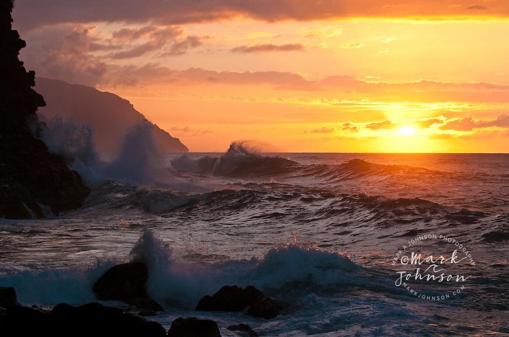 Wave breaking off Ke'e Beach, Na Pali coast, Kauai, Hawaii