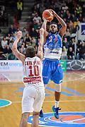 DESCRIZIONE : Varese Lega A 2015-16 Openjobmetis Varese Dinamo Banco di Sardegna Sassari<br /> GIOCATORE : MarQuez Haynes<br /> CATEGORIA : Tiro Tre Punti Ritardo<br /> SQUADRA : Dinamo Banco di Sardegna Sassari<br /> EVENTO : Campionato Lega A 2015-2016<br /> GARA : Openjobmetis Varese - Dinamo Banco di Sardegna Sassari<br /> DATA : 27/10/2015<br /> SPORT : Pallacanestro<br /> AUTORE : Agenzia Ciamillo-Castoria/M.Ozbot<br /> Galleria : Lega Basket A 2015-2016 <br /> Fotonotizia: Varese Lega A 2015-16 Openjobmetis Varese - Dinamo Banco di Sardegna Sassari