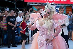 08.06.2019, Rathaus, Wien, AUT, Life Ball im Bild Diane Brill // during the Life Ball at the Rathaus in Wien, Austria on 2019/06/08. EXPA Pictures © 2019, PhotoCredit: EXPA/ Florian Schroetter