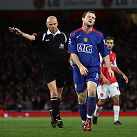 Photo: Paul Thomas.<br /> Arsenal v Manchester United. The Barclays Premiership. 21/01/2007.<br /> <br /> Wayne Rooney of Man Utd shows his dejection after giving away a free kick.