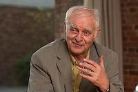 16 DEC 2004, BERLIN/GERMANY:<br /> Adolf Muschg, Schriftsteller und Praesident der Akademie der Kuenste, Berlin, waehrend einem Interview, Akademie der Kuenste<br /> IMAGE: 20041216-03-010<br /> KEYWORDS: Präsident Akademie der Künste